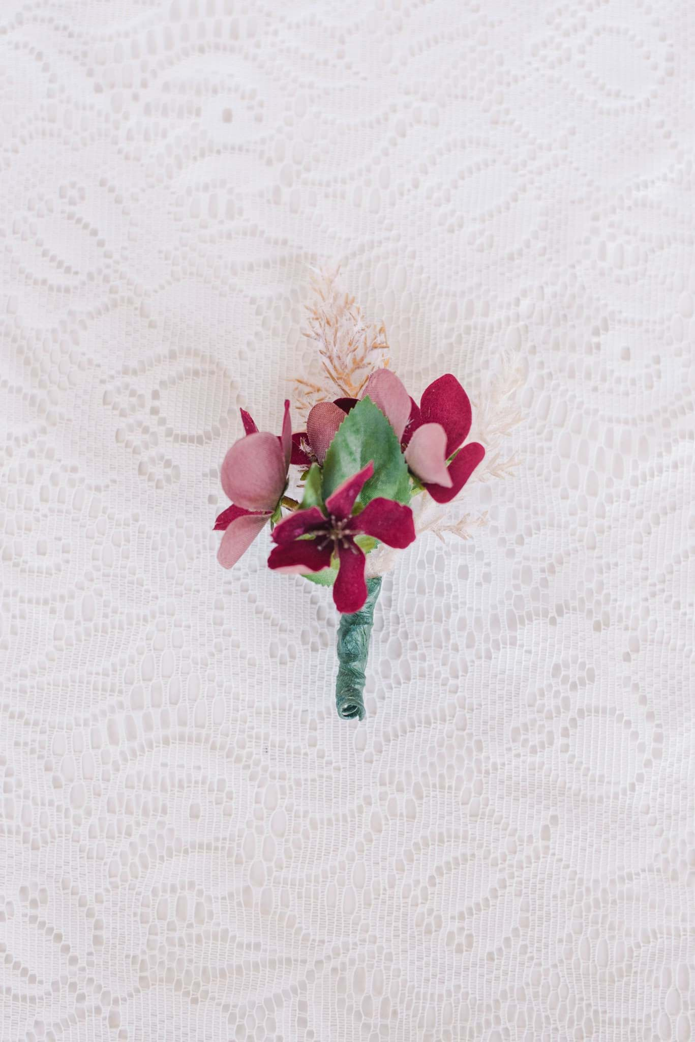 Picture of Nina Boutonniere (Pampas)