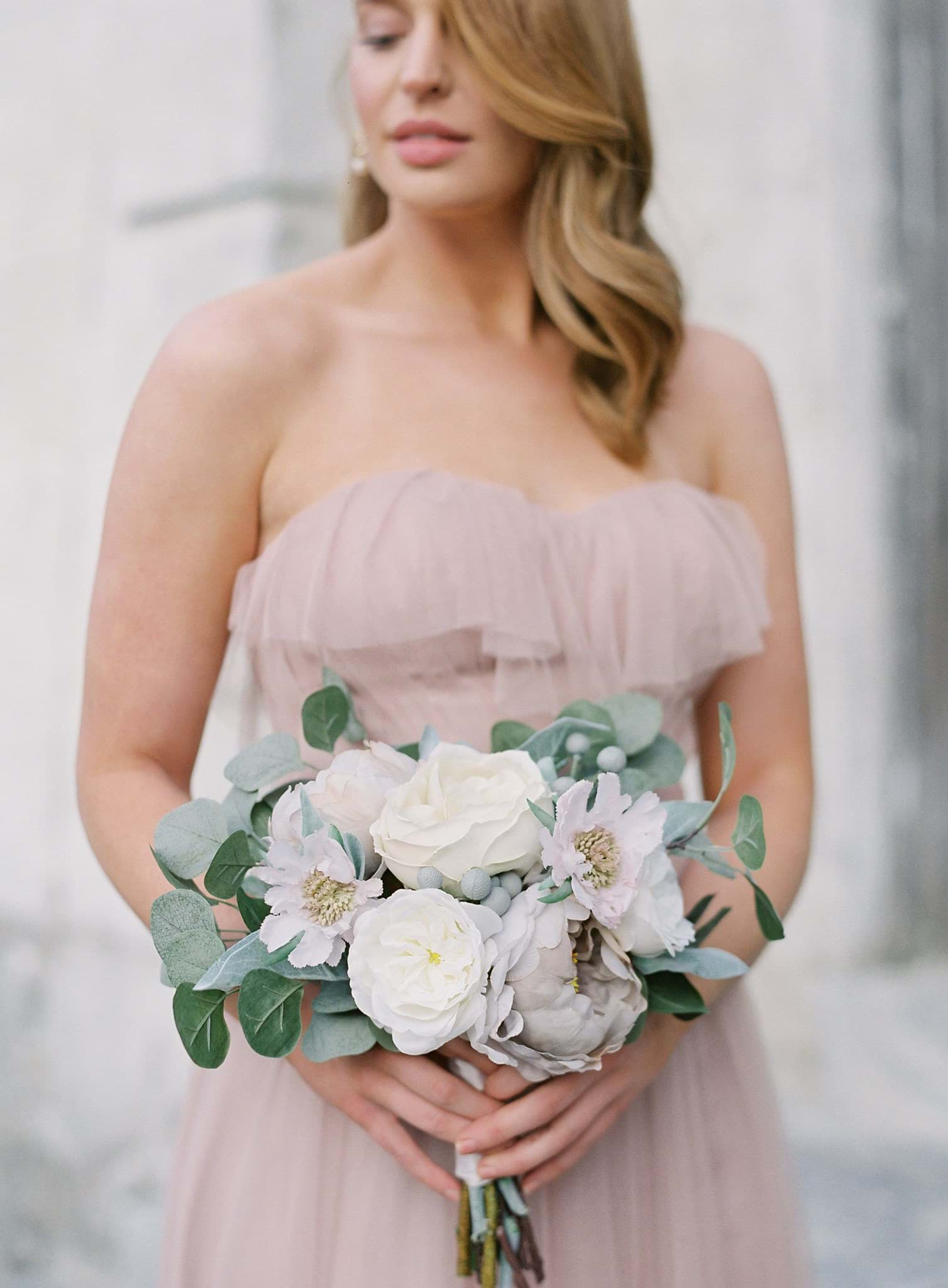 Picture of Taylor Bridesmaid Bouquet