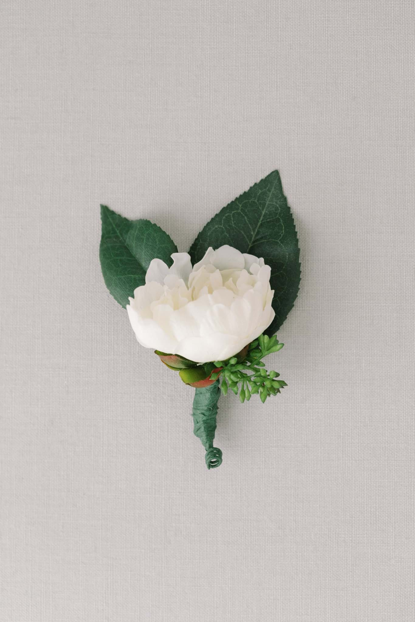 Picture of Shelbie Boutonniere (Large)